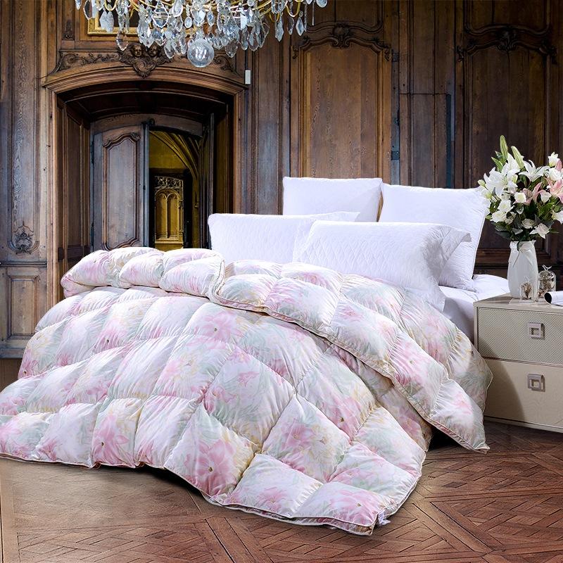 富安娜(FUANNA)家纺被子 羽绒冬被芯加厚白鹅绒被 伊琳娜白鹅绒冬厚被 1.5米床适用(203cm*229cm)粉