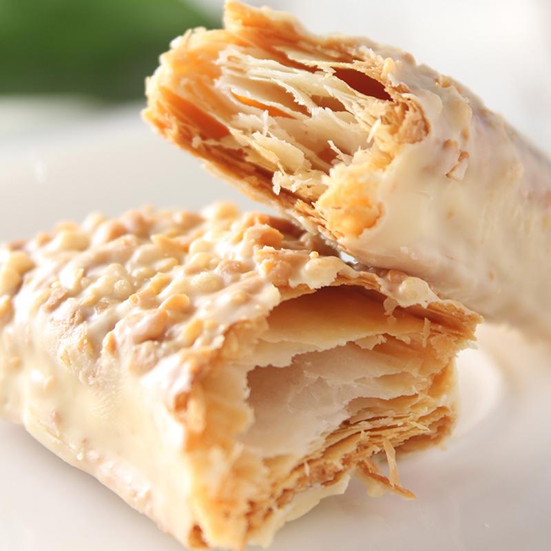 台湾进口零食 77牌松塔千层酥曲奇威化饼干28粒448g