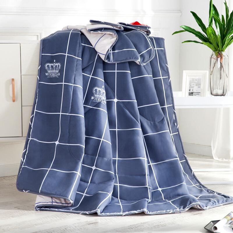 南极人(NanJiren)被芯家纺 舒适印花夏被 空调被 奶灰 200*230cm