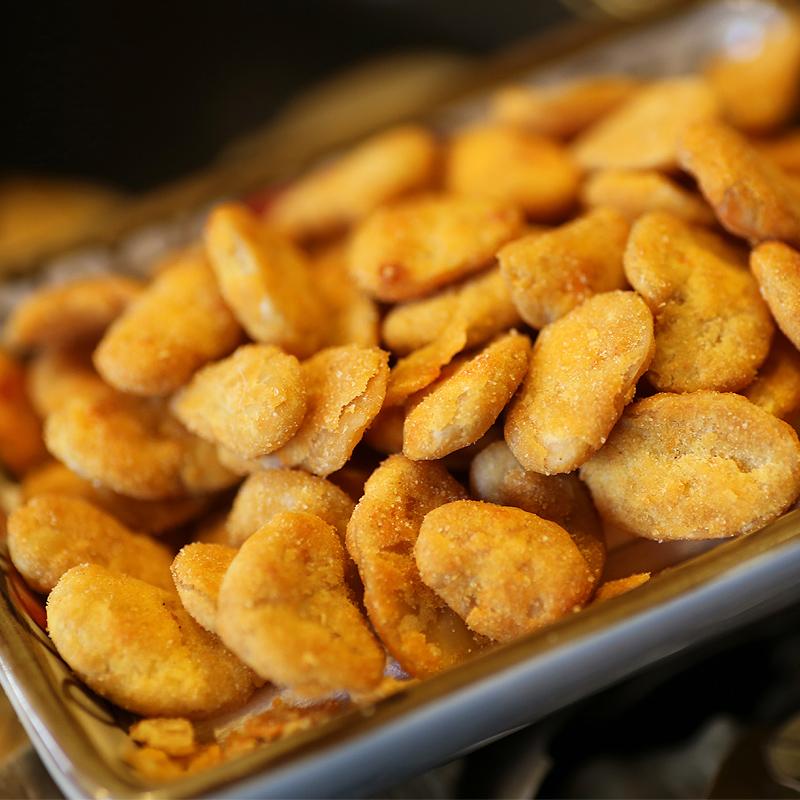 三只松鼠坚果炒货休闲零食蟹黄味蟹香蚕豆205g/袋