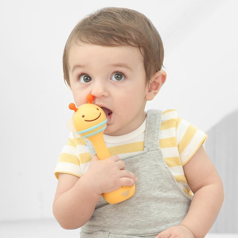 贝恩施(beiens)婴儿玩具 声光手摇铃 新生儿0-1-3岁安抚玩具 智能蓝牙链接 ZN03黄色