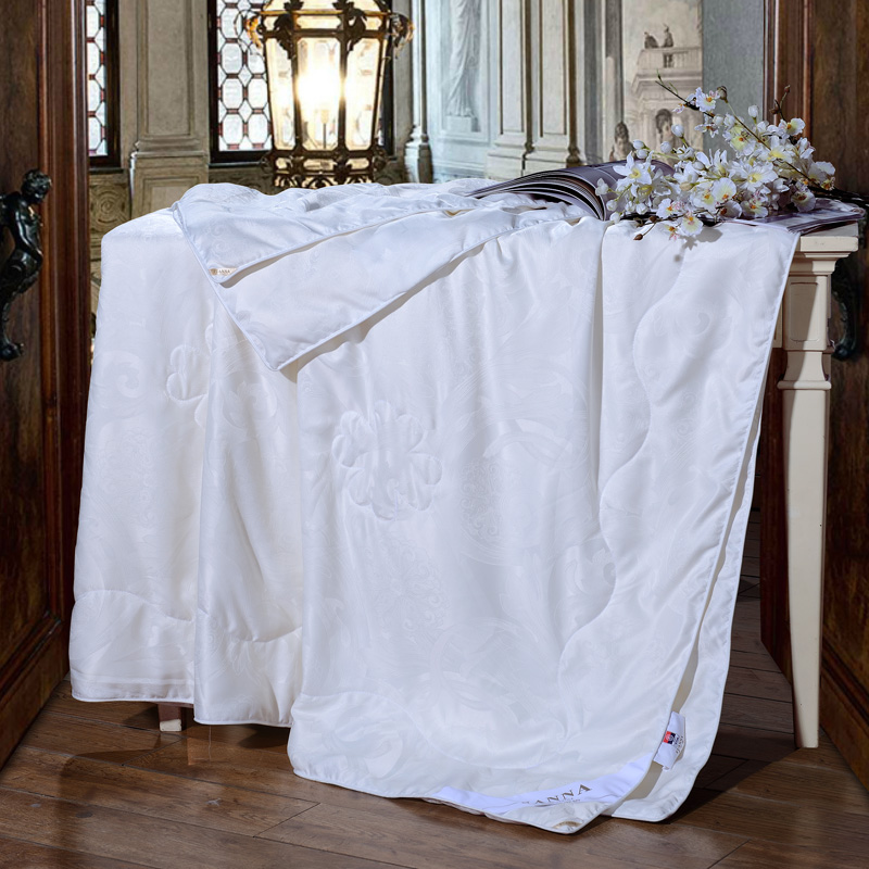 富安娜(FUANNA)家纺被子蚕丝夏被 纯美大提花蚕丝夏薄被空调被单人双人被芯 1.8米床适用(230*229cm)白