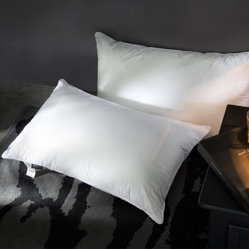 康尔馨 颐尊授权同款 五星级酒店纤维护颈枕头枕芯 全棉面料 1200g 74*48cm